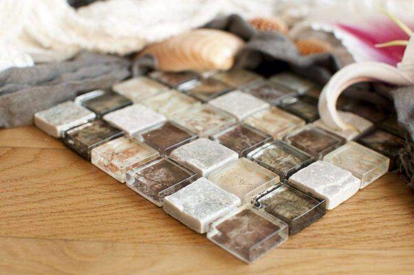 Piastrelle bagno con mosaico per bagni sia moderni che retrò